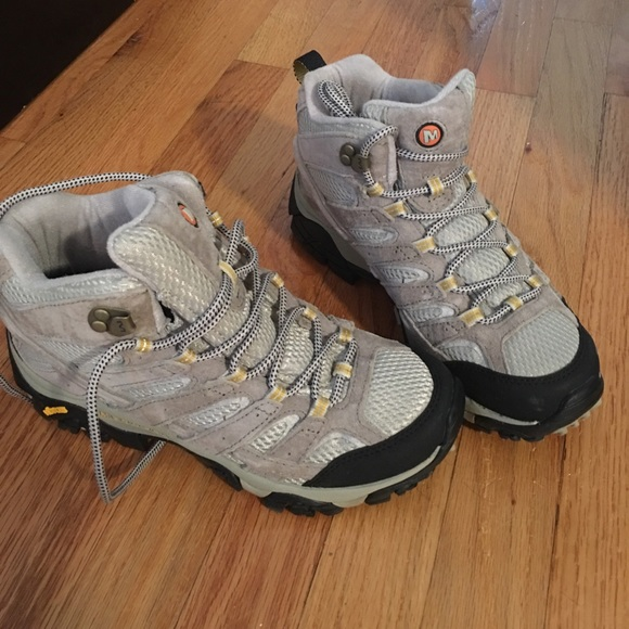 410744cf14 Merrell Shoes | Womens Merell Moab 2 Mid Vent Hiking Boot | Poshmark